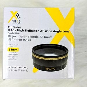 NWOT pro series 0.43X white angle lens